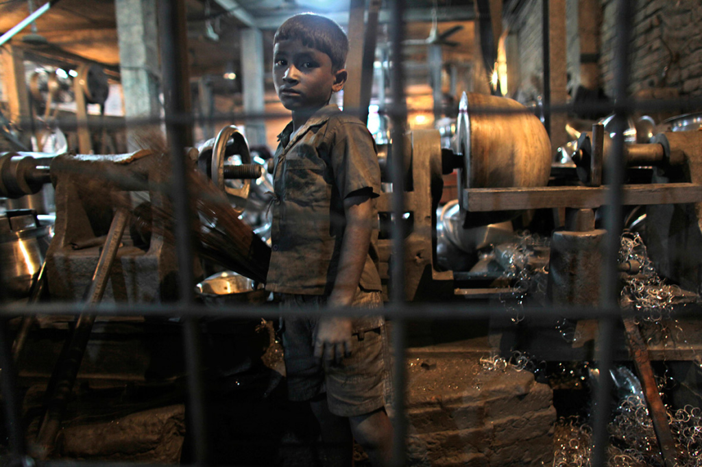 child-labour-bangladesh-2-1024x682