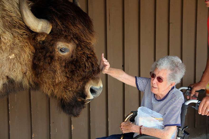 90-year-old-woman-road-trip-12