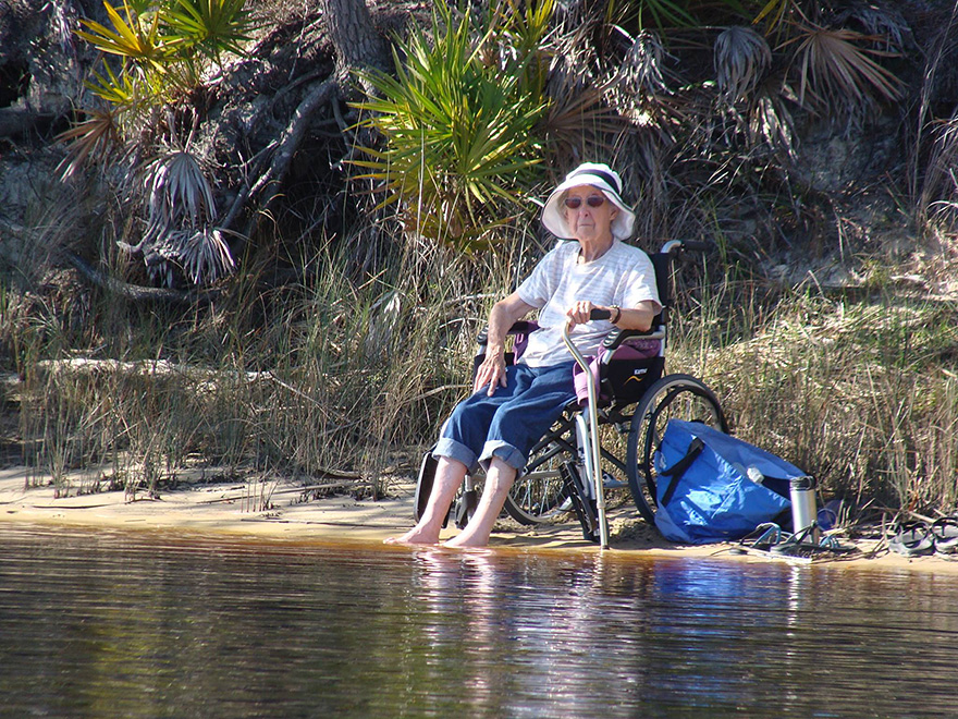 90-year-old-woman-road-trip-15